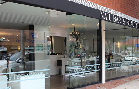 Nail Bar and Beauty Lounge 4